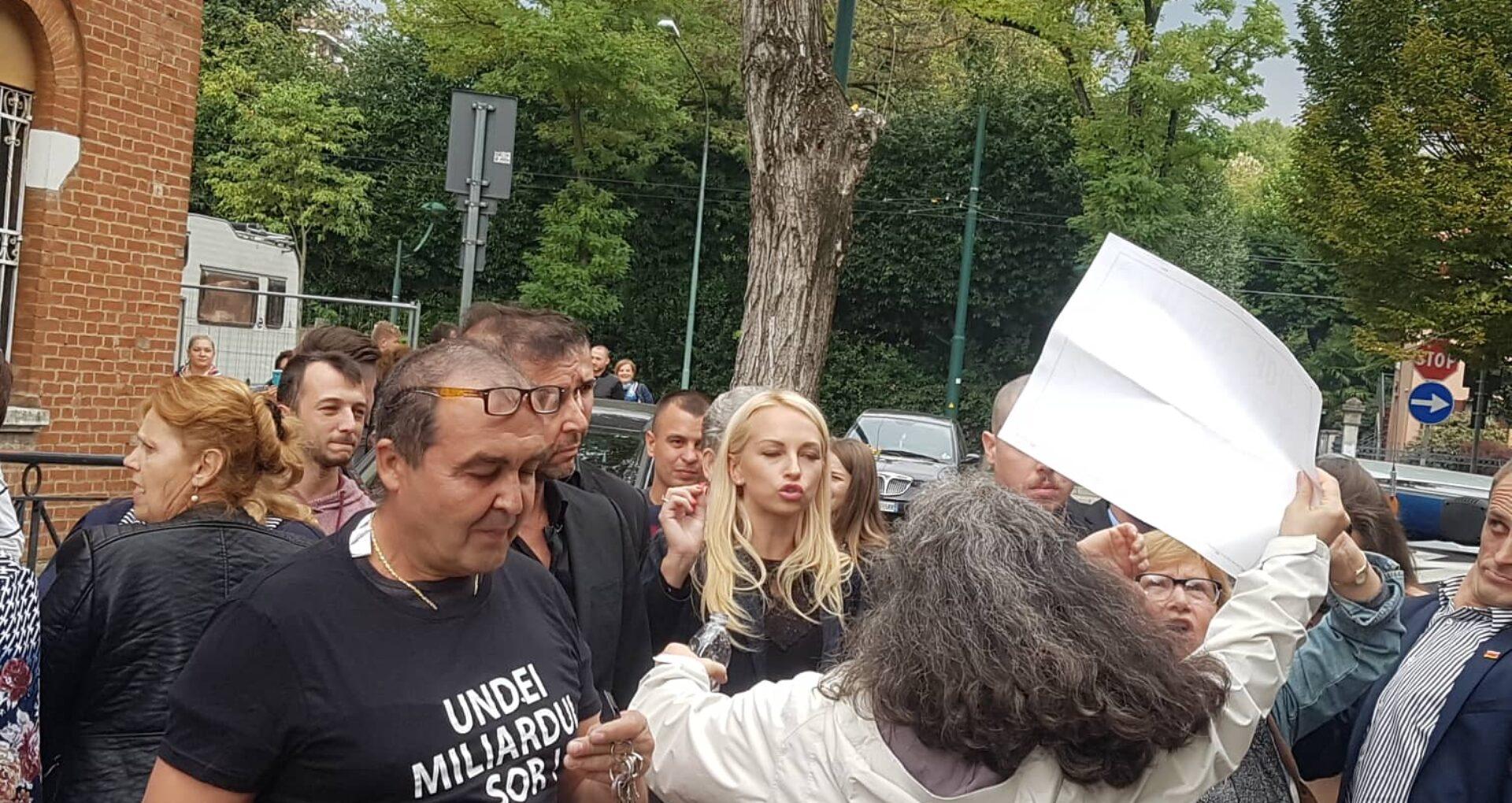 """VIDEO/ Tauber, huiduită la concertul lui Șor din Veneția. Moldovenii scandează: """"La pușcărie"""""""