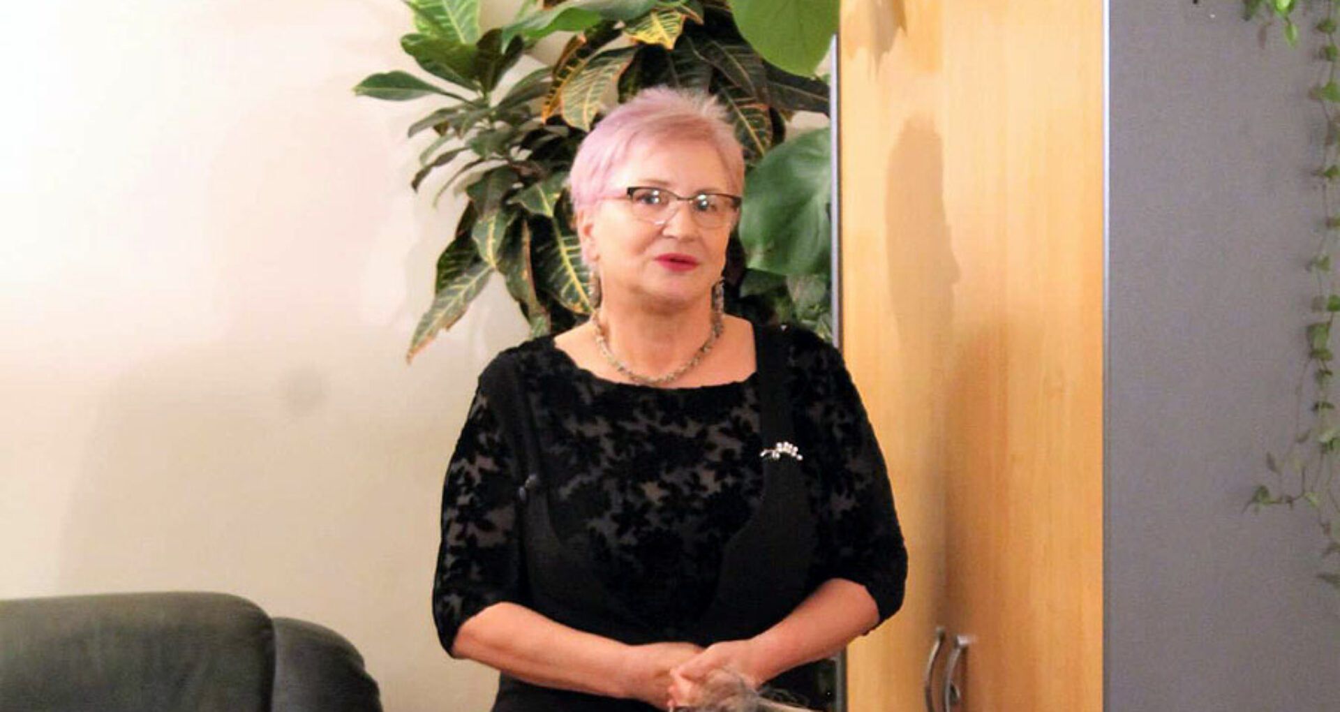 Olga Căpăţână, femeia-soldat,  şi-a lansat cărţile la Paris
