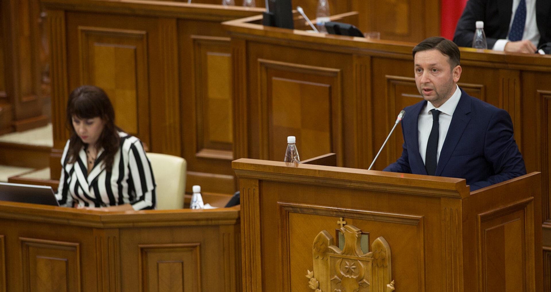 De ce Guvernul a așteptat nouă luni pentru a-l numi pe Reșetnicov judecător constituțional