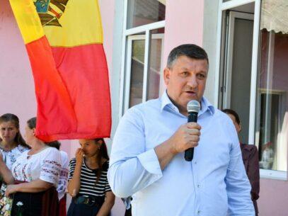 Contradicţiile din dosarul unui fost ministru: Fără drept de a ocupa funcţii publice, dar aspirant la funcţia de deputat