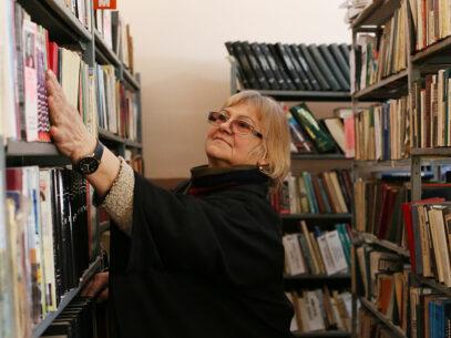 REPORTAJ/ Bibliotecarele frigului
