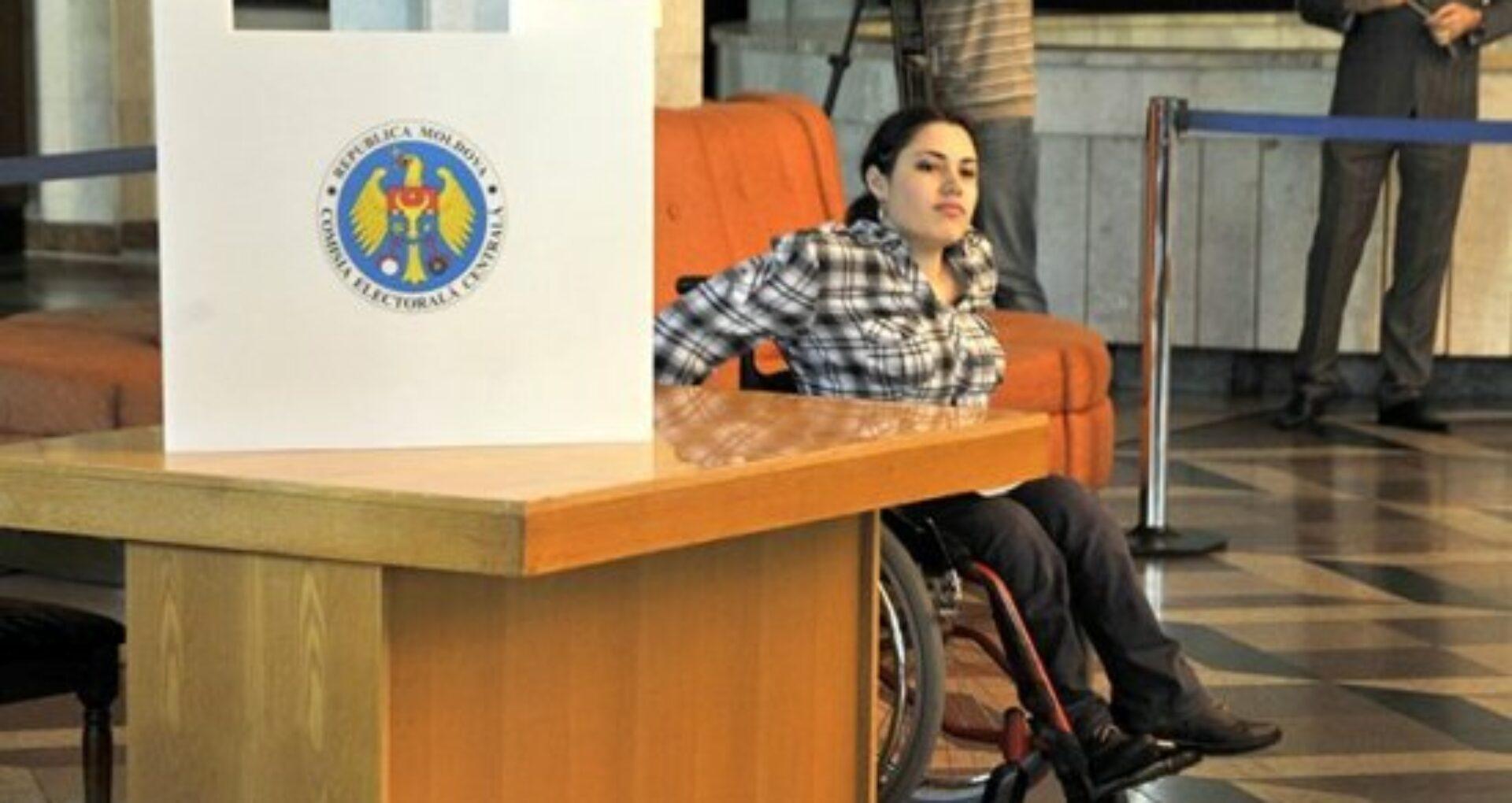 Raport IDOM: Exercitarea dreptului la vot rămâne o provocare pentru persoanele cu necesități speciale