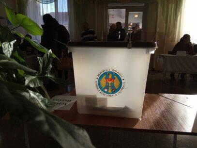 CEC a avertizat 35 de candidați independenți care au participat la alegerile parlamentare