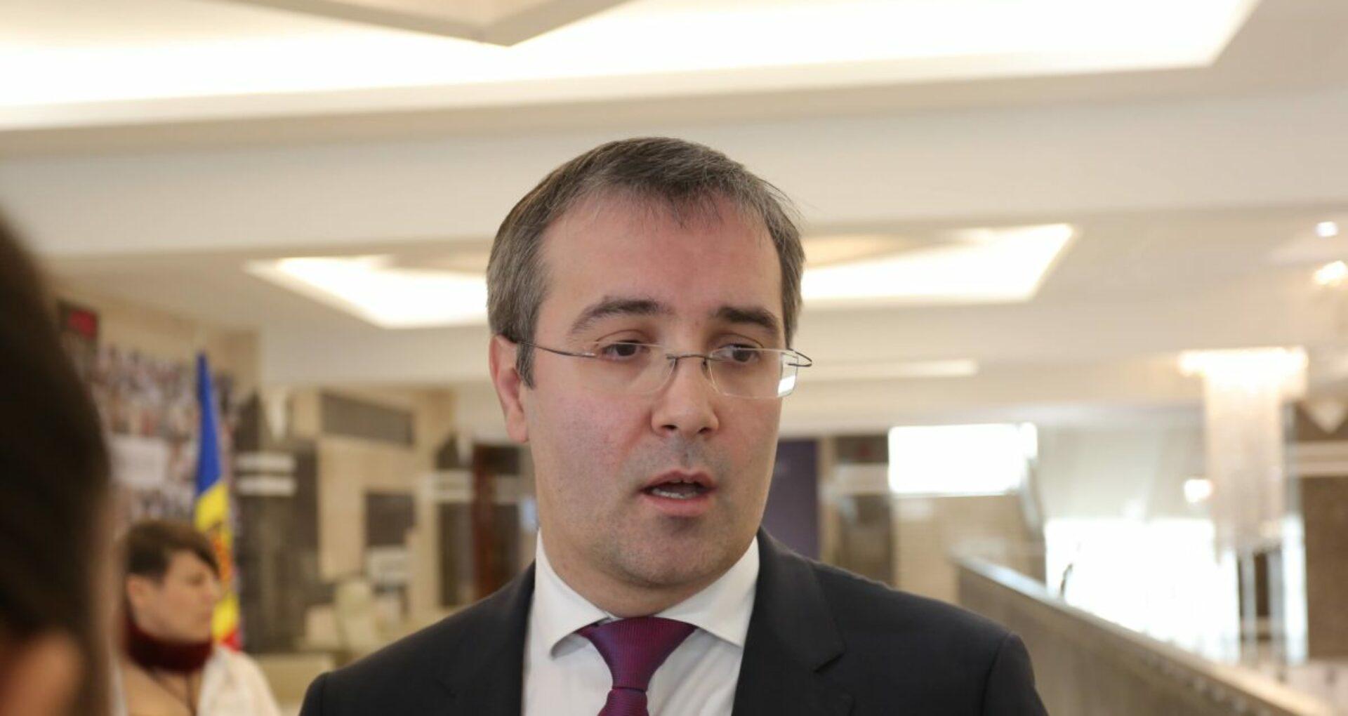 DOC/ Sergiu Sîrbu pleacă din Pro Moldova