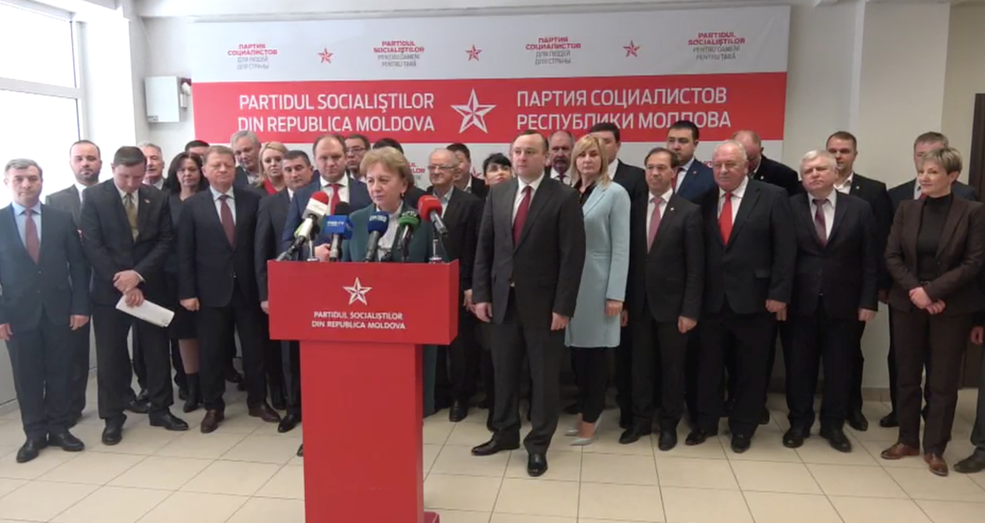 Întreaga fracțiune a PSRM, în frunte cu Zinaida Greceanîi, a plecat la Moscova