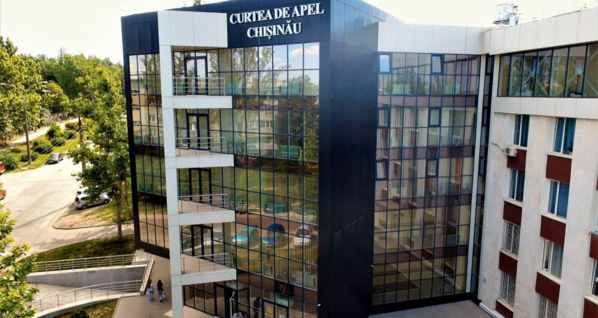 Dosarul crimei de la Atrium: Prima ședință de judecată de la Curtea de Apel Chișinău, amânată