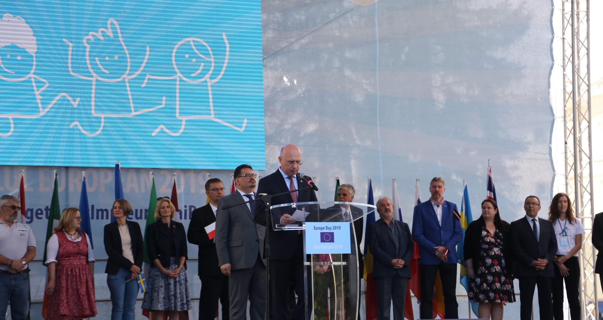 VOX: Ce cred cetățenii despre valorile europene promovate de guvernare