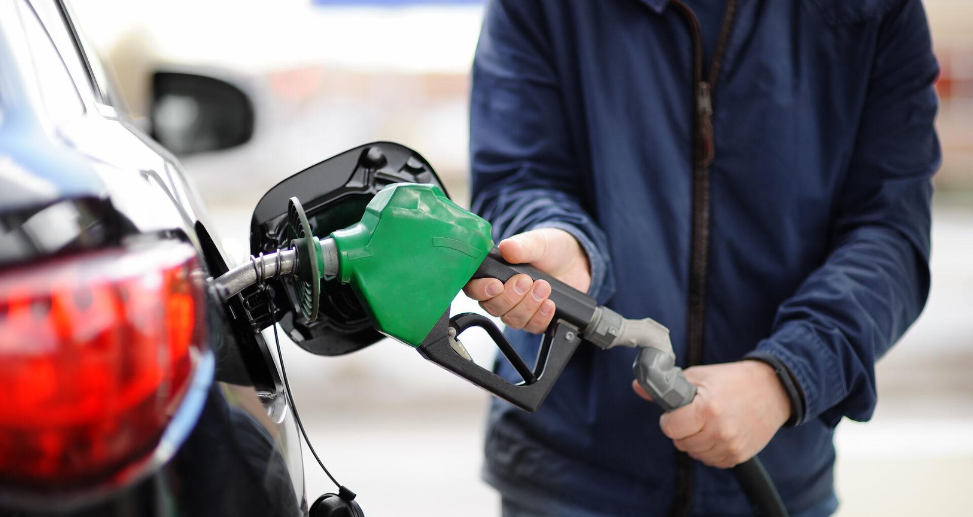 Expert: în R. Moldova ia amploare piața gri de comercializare a produselor petroliere