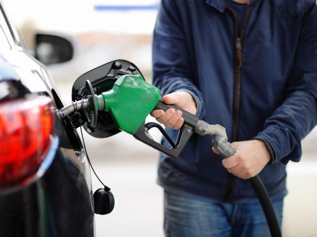 """Nagacevschi: """"Ați scăpat de Guvernul Chicu, de mâine prețul la benzină plus 1,6 lei"""". Expert: """"Cele mai urâte lucruri pe piața petrolieră s-au petrecut în aprilie-iunie, 2020"""""""