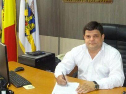 """DOC/ Deciziile instanțelor vs. dispozițiile primarilor: Oleg Rațoi, eliberat pentru a treia oară din funcția de pretor al sectorului Botanica: """"Ne căutăm dreptatea"""""""