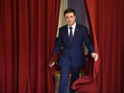 """VIDEO/Discursul emoționant de Revelion al președintelui Ucrainei: """"Cine sunt eu"""" și ce înseamnă să iubești Ucraina"""