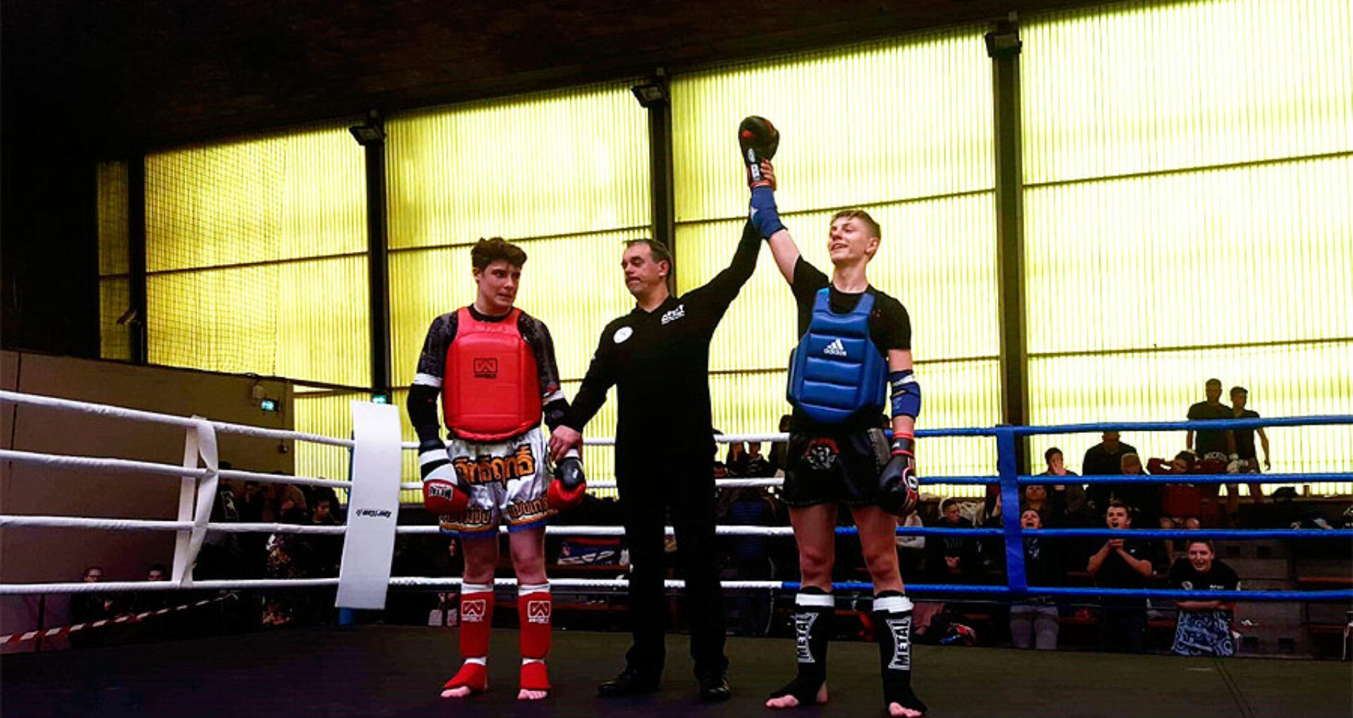 Un adolescent din Moldova,  campion național în Franţa la box thailandez