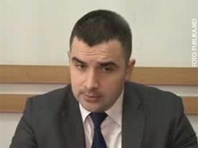Fostul procuror anticorupție Roman Statnîi, învinuit de escrocherie în proporții deosebit de mari, rămâne în arest preventiv