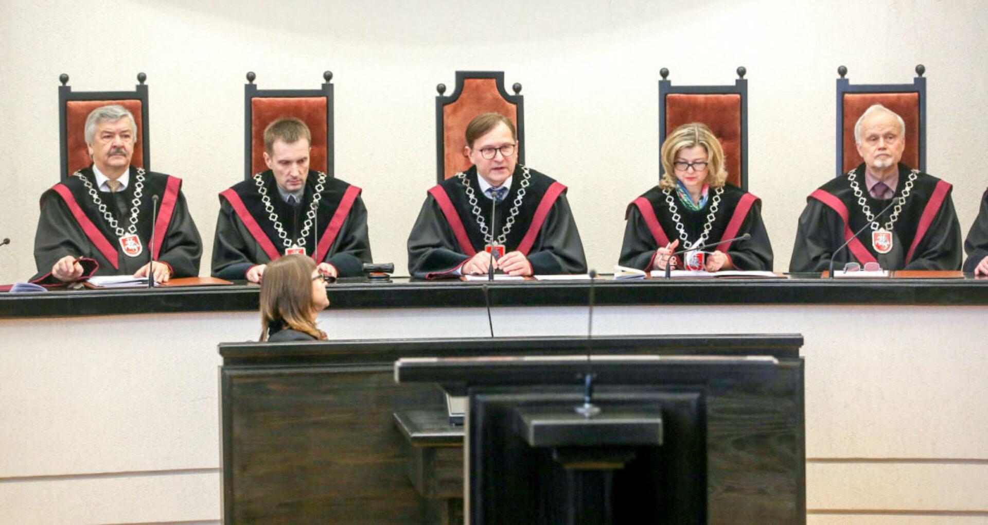 Președintele Curții Constituționale a Lituaniei, nedumerit de decizia CC cu privire la dizolvarea Parlamentului