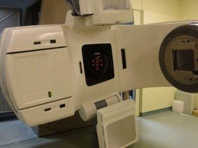 De trei luni, singurul aparat modern de radioterapie din R. Moldova e defectat