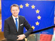 Europarlamentar: Instabilitatea politică și schimbările frecvente de guvern din ultimii ani au încetinit implementarea reformelor în R. Moldova