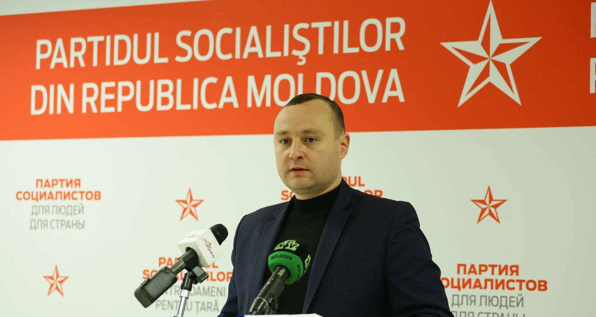 Șeful fracțiunii socialiștilor: Insistăm pe semnarea de urgență a acordului politic între PSRM și ACUM