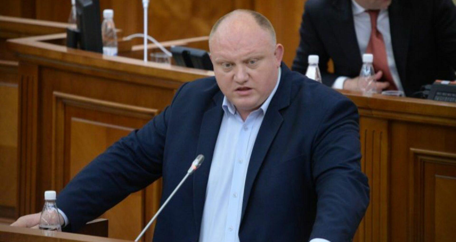 Socialiștii au înregistrat o inițiativă legislativă prin care se cere demiterea din funcție a șefilor BNM, ANRE, ANI, CNPF și al CA