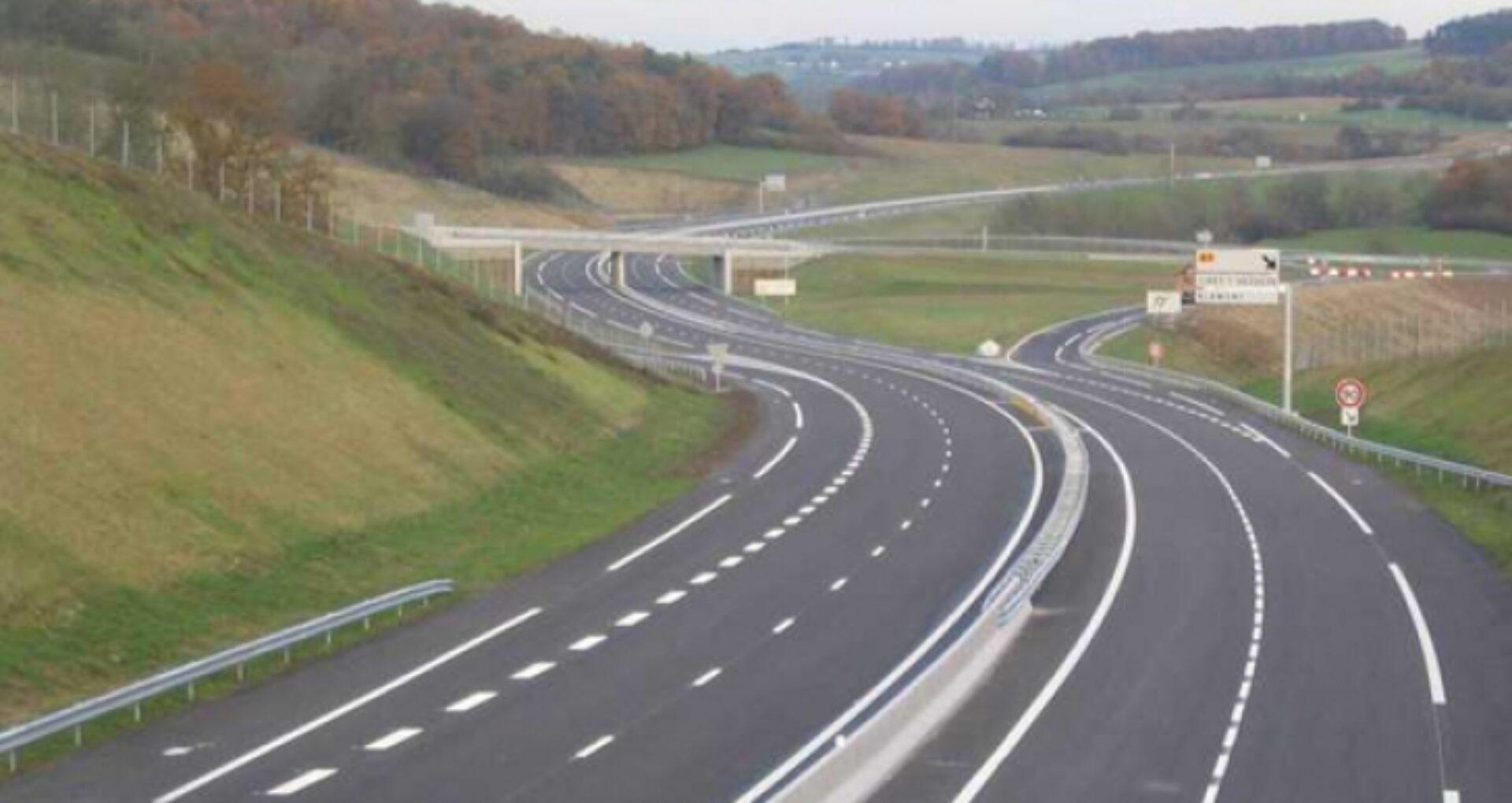 """Popescu: """"Am discutat la București dorința de a construi un pod care ar deschide calea noastră de acces pe Autostrada Unirii"""""""