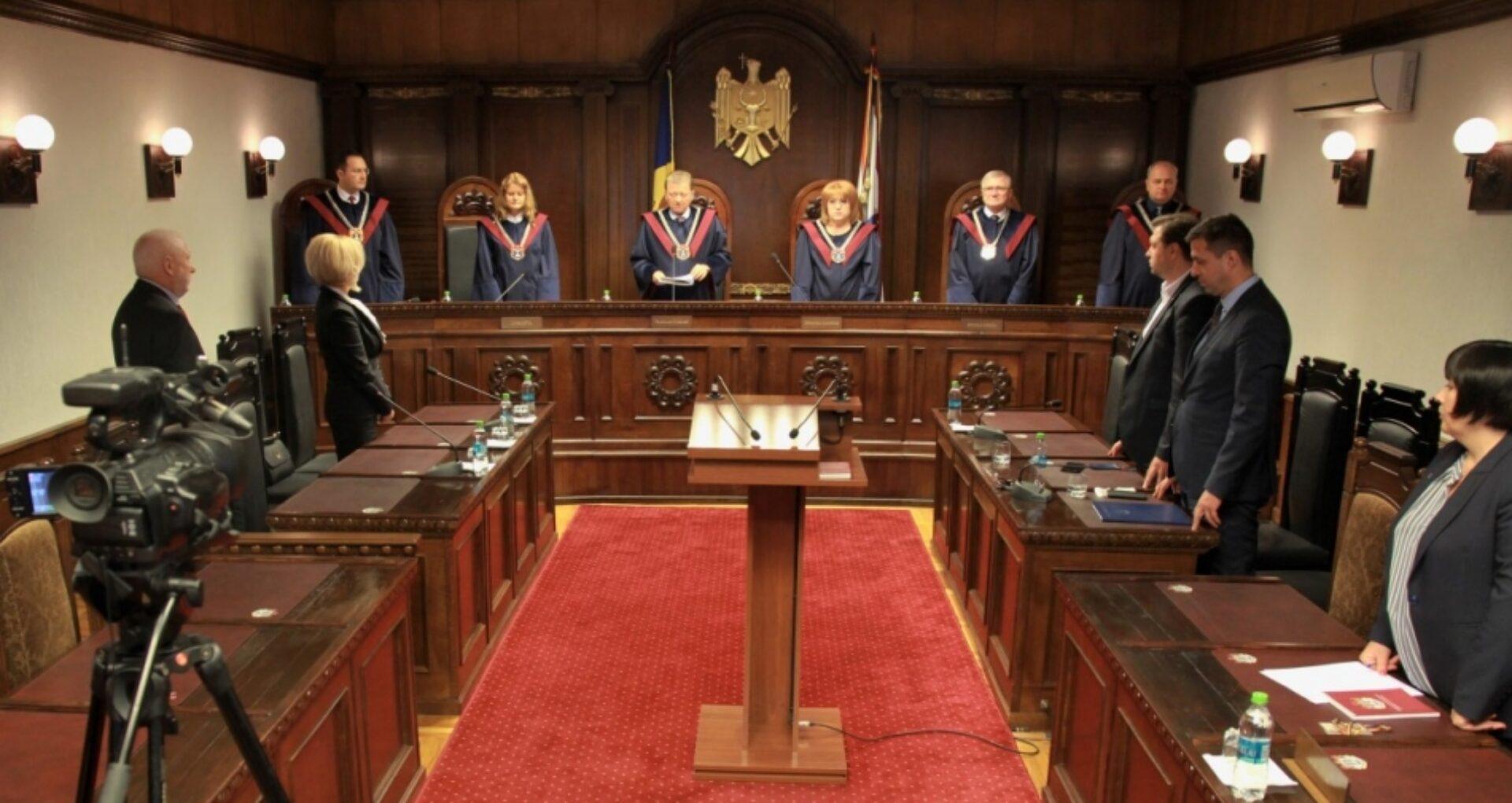 Curtea Constituțională a validat mandatele a doi deputați