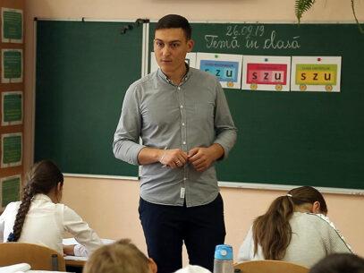 """""""Prima mea învățătoare"""" – un bărbat"""