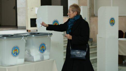 Cum va informa CEC despre mersul votării la prezidențiale. Iată când vor ști primele rezultate