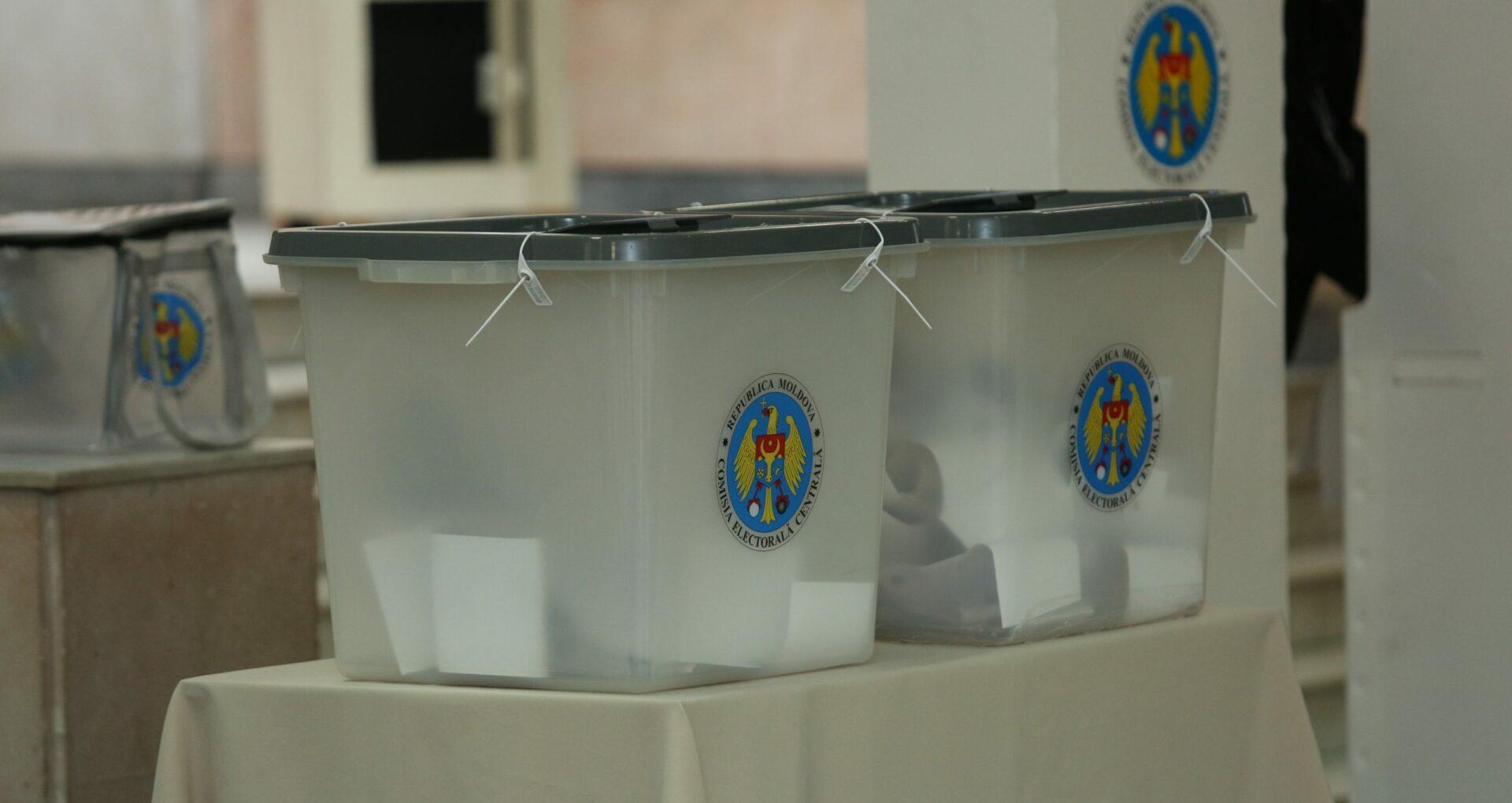Sondaj/ Cinci partide ar ajunge în Legislativ în urma unor eventuale alegeri parlamentare. Candidații care s-ar duela în turul II la prezidențiale