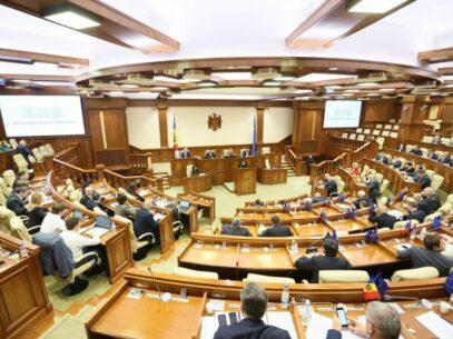 Partidul Șor anunță că deputații formațiunii vor avea acces în Parlament dacă vor prezenta rezultatul negativ la COVID-19