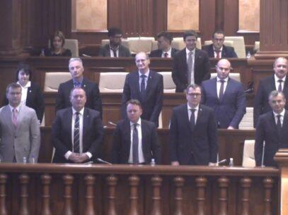 Guvernul Chicu a fost votat de PSRM, PD și un independent. Componența noului Cabinet de miniștri