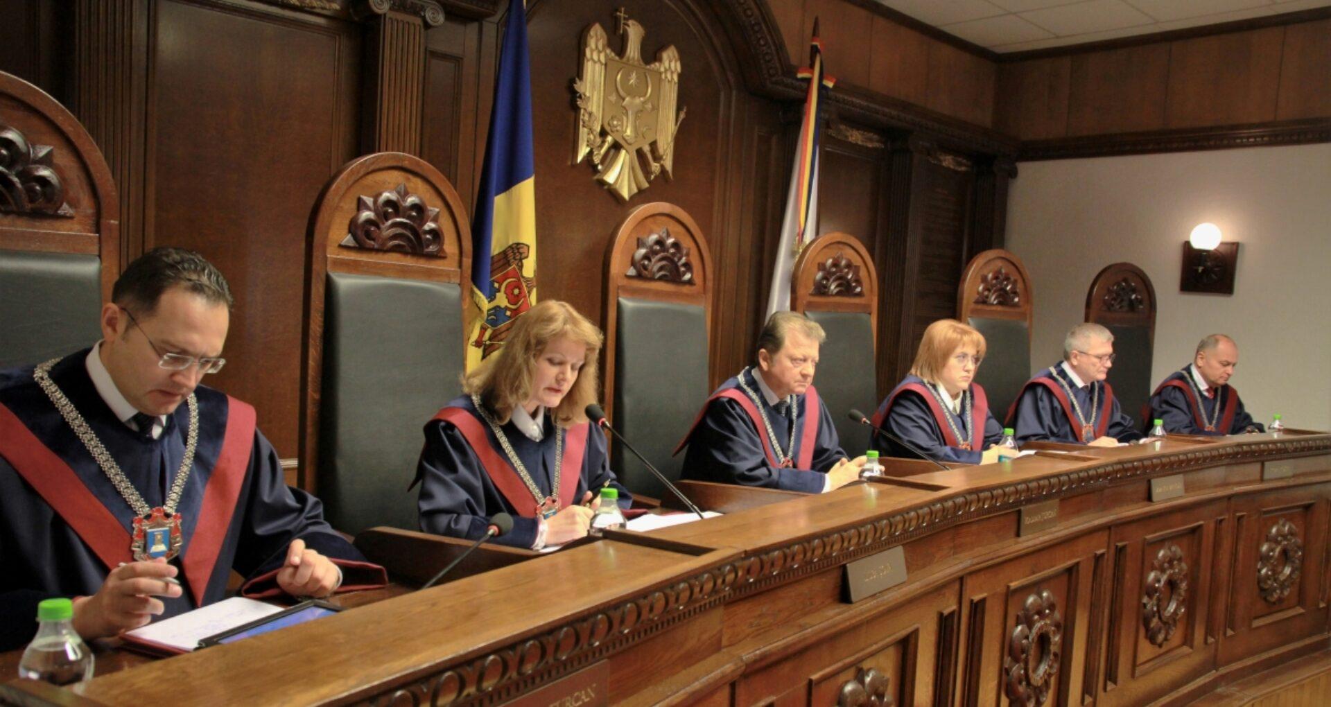 ULTIMA ORĂ: CC a suspendat legea cu privire la Acordul de credit cu Federația Rusă