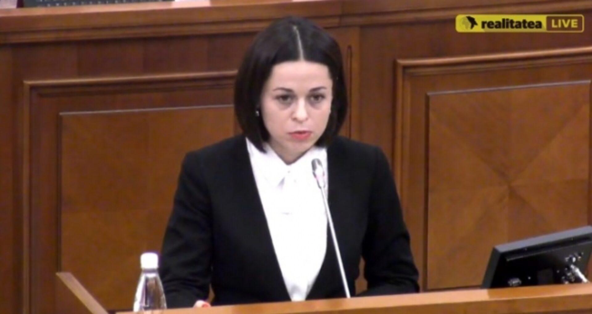 """Un membru al Consiliului Audiovizualului a demisionat: """"Instituţia s-a transformat în garant al interesului politic"""""""