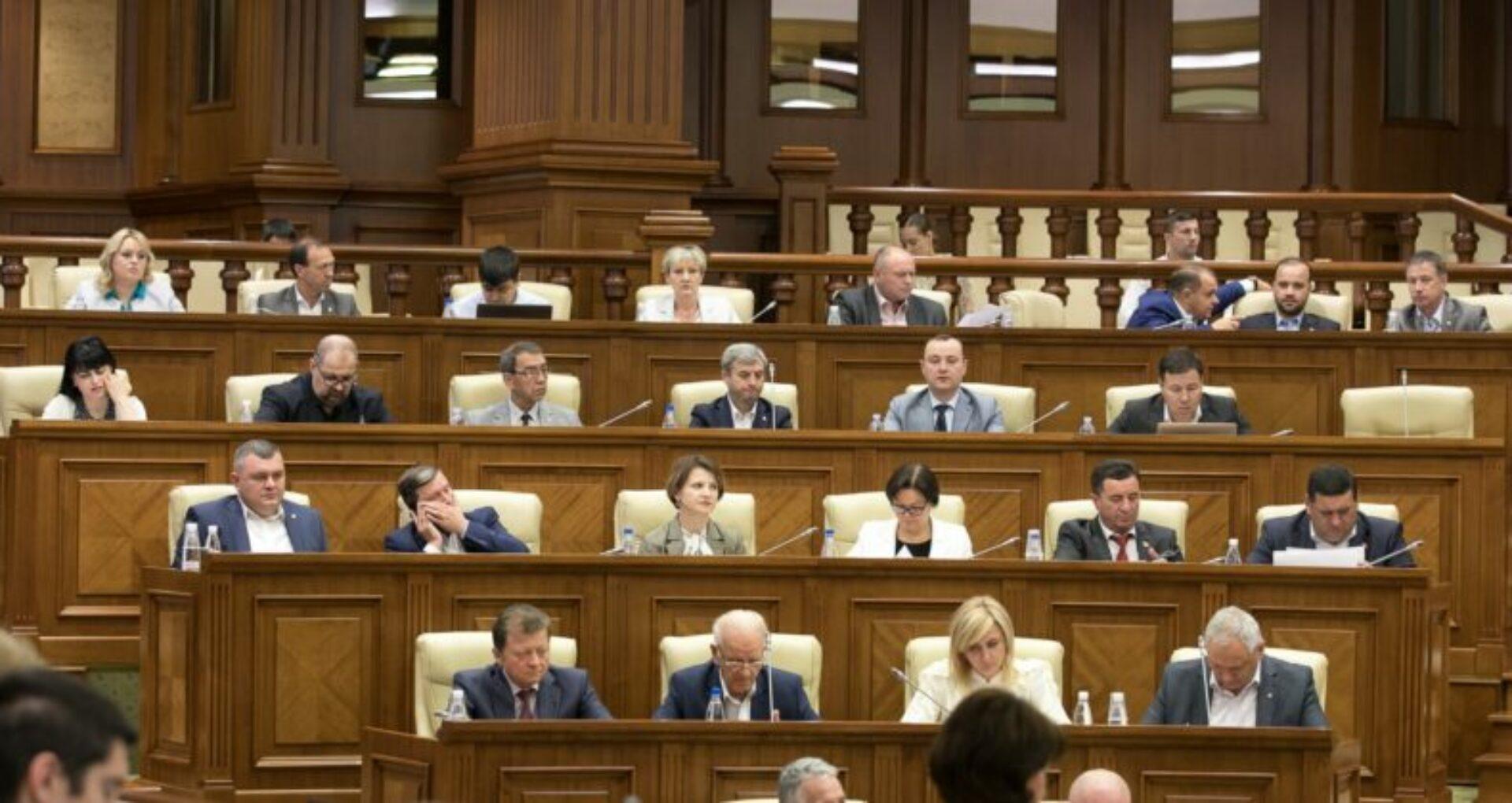 PSRM, despre autodizolvarea Parlamentului: Constituie o încălcare a normei constituționale și va fi tratată corespunzător