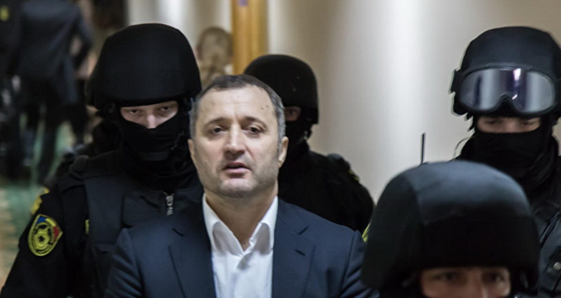Declarația fostului premier Vlad Filat, pentru ZdG, după ce a fost eliberat din detenție. Ce urmează să facă astăzi