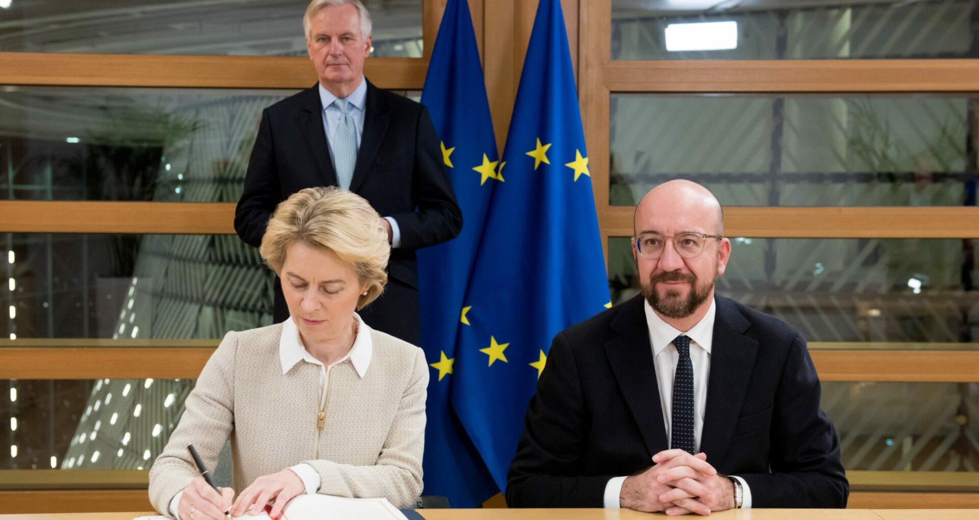 Mesajele președintelui Consiliului European și președintei Comisiei Europene după votul din Parlament împotriva Curții Constituționale