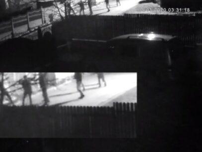 """VIDEO/ Imagini noi cu omorul de la Costești. Declarațiile cutremurătoare ale rudelor victimei: """"Săreau cu picioarele pe capul lui"""""""