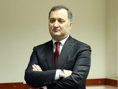VIDEO/ Cum (nu) a răspuns Vlad Filat atunci când a fost întrebat despre banii fiului său, înghețați pe conturi de către autoritățile britanice, care acum urmează a fi transferați Republicii Moldova