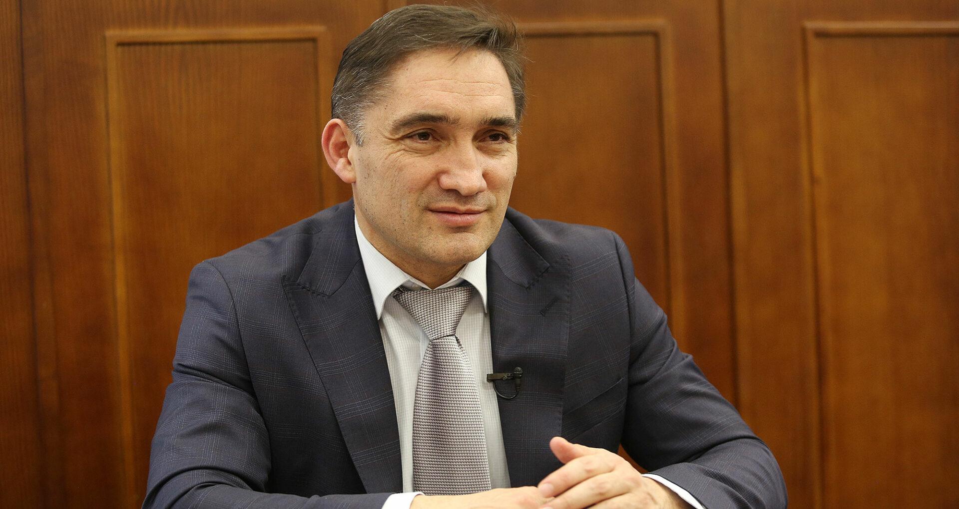 """""""Din ce cauză trebuie să mă duc?"""", se întreabă procurorul general, Alexandr Stoianoglo. Cum poate fi demis un procuror general și cine (nu) poate să-l revoce"""