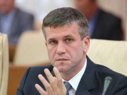 DOC/ Răspunsul Judecătoriei Chișinău cu privire la sentința pronunțată pentru Vasile Botnari în dosarul expulzării profesorilor turci