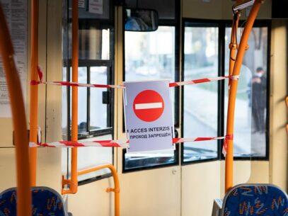 De luni, transportul public va circula conform graficului obișnuit, iar pasagerii vor fi obligați să poarte măști