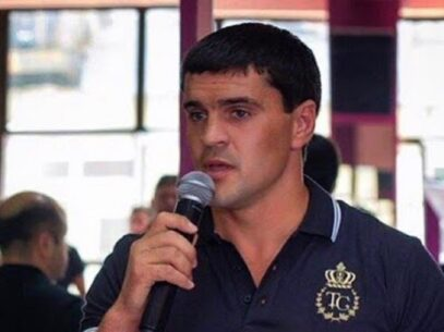 A 13-a ședință de judecată în dosarul în care fostul deputat al PDM Constantin Țuțu este cercetat pentru trafic de influență, întreruptă la solicitarea avocatului