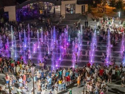 Licitația privind construcția unui havuz muzical în scuarul Miron Costin, contestată. Detalii despre inconsecvența autorităților