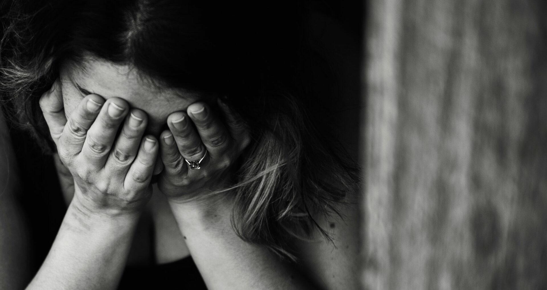 Violența împotriva femeilor și carantina. Ce trebuie să știe victimele