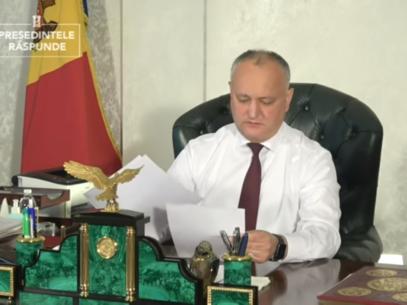 NO COMMENT/ Igor Dodon din nou s-a răzgândit și deja va promulga legea ONG-urilor: S-a găsit consens
