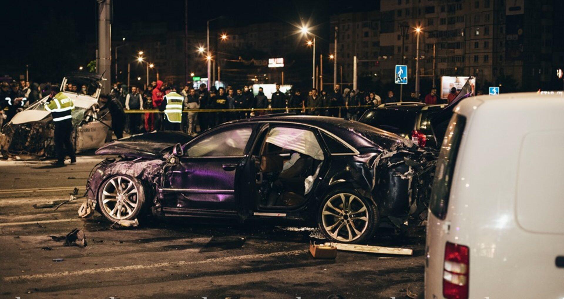 Fotoreportaj/ Accidentul de pe bulevardul Ștefan cel Mare. Imagini care pot afecta emoțional