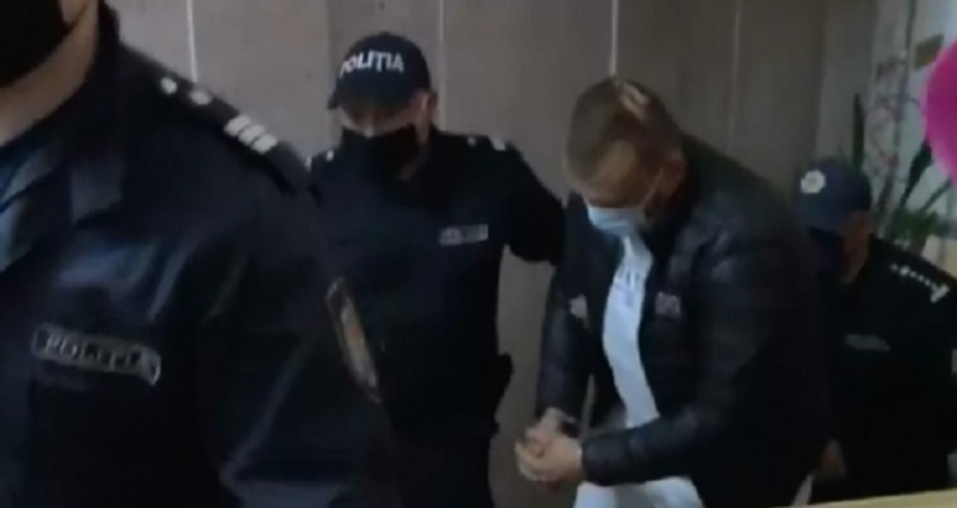 Decizia Curții de Apel Chișinău cu privire la solicitarea avocatului de a-l elibera din arest pe șoferul de la volanul mașinii Audi