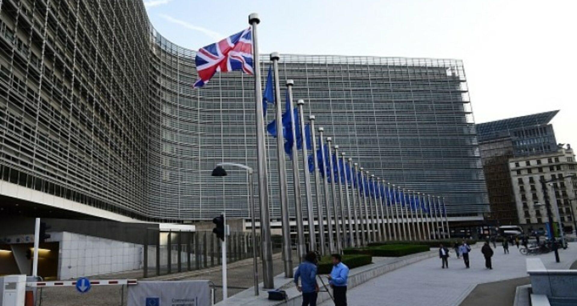 """Comisa Europeană: """"Noul coronavirus, amenințare de nivel mediu pentru lucrători"""""""