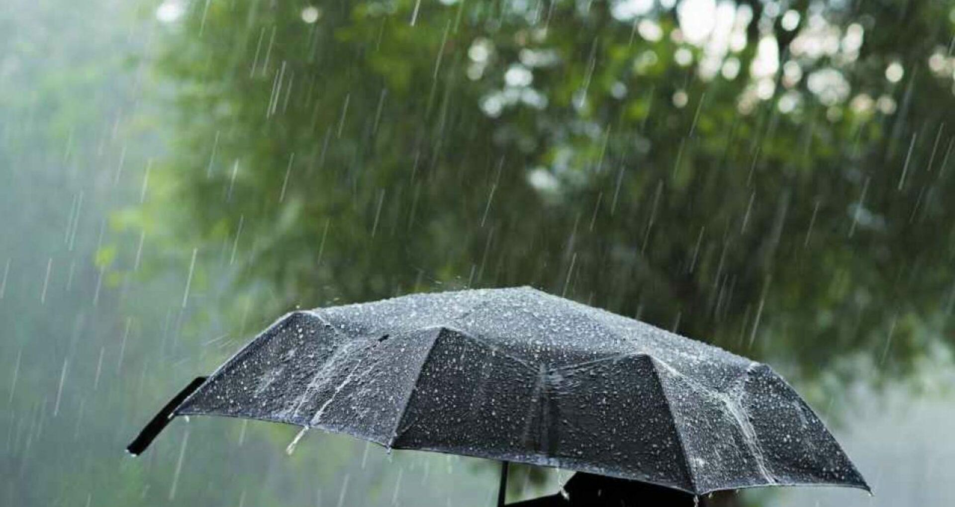 Cod galben de instabilitate atmosferică: Ploi puternice și vijelie. Câte grade vor arăta termometrele
