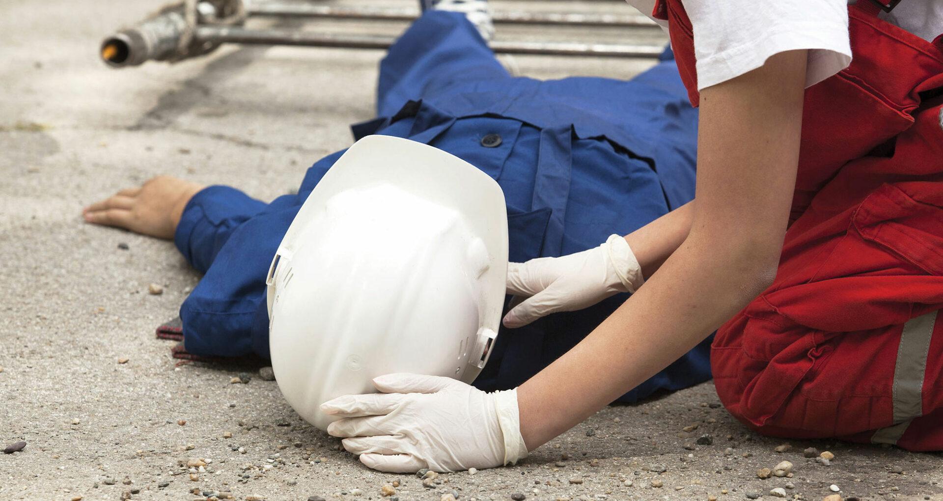 Accidentele de muncă omoară anual tot atâția oameni, câți ar muri într-un război