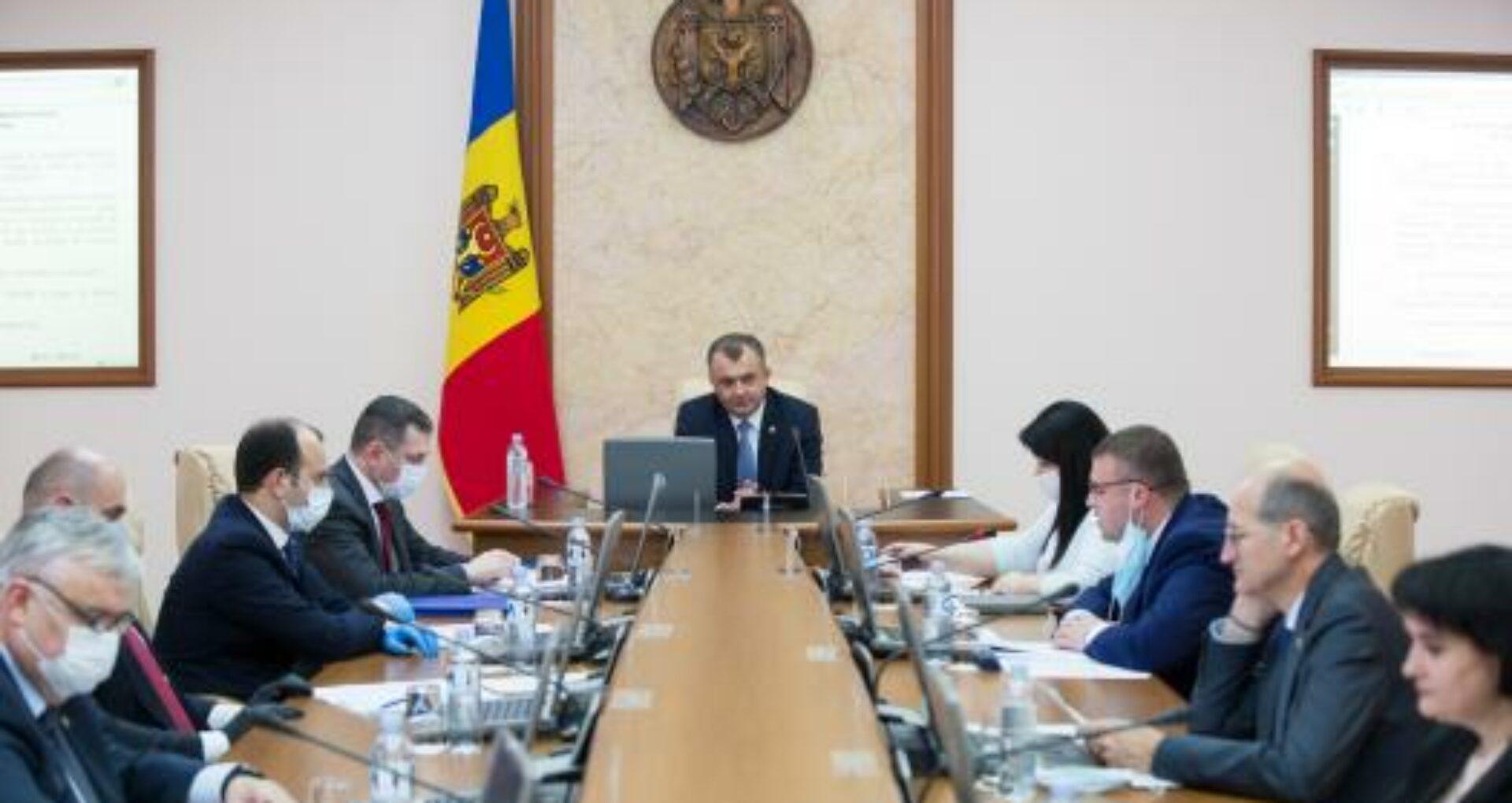 ULTIMA ORĂ/ Ion Chicu anunță revocarea celor 5 miniștri democrați din Guvern și numirea altor persoane în funcții până la sfârșitul zilei