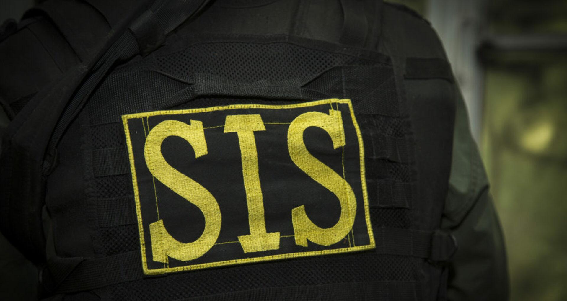 ULTIMA ORĂ! Ofițerii SIS și PCCOCS descind la mai multe locații din Capitală. Dorin Damir, finul lui Plahotniuc, a fost reținut. Detalii